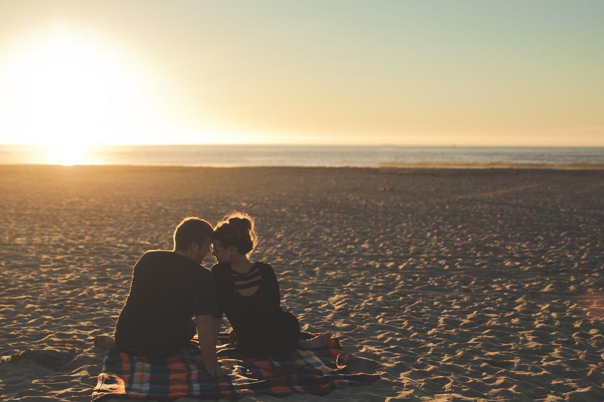 prawdziwe recenzje witryn randkowych kwestionariusz zgodności randek