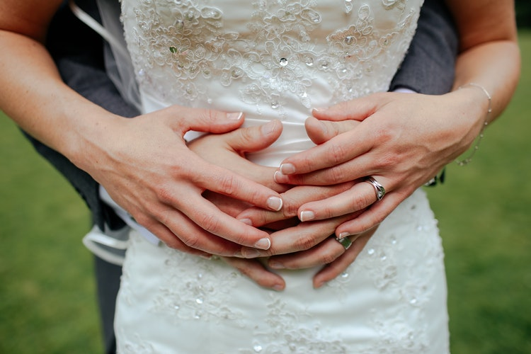 Menina belga para o casamento